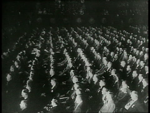 vídeos y material grabado en eventos de stock de president franklin d roosevelt on stage before a convention of the international teamsters union / packed audience / crowded stage audience clapping... - 1940