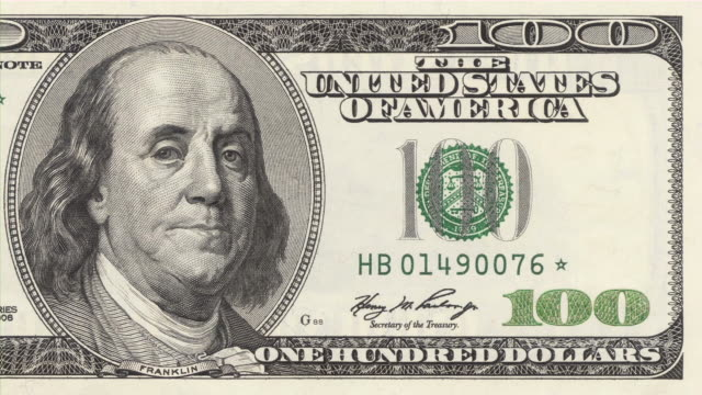 stockvideo's en b-roll-footage met president franklin give-a-wink from $100 dollars bill. currency. finance. money. - knipogen activiteit