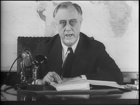 vídeos y material grabado en eventos de stock de president franklin roosevelt continues his address to the nation on the status of the war in his second wartime report / footage of president... - franklin roosevelt