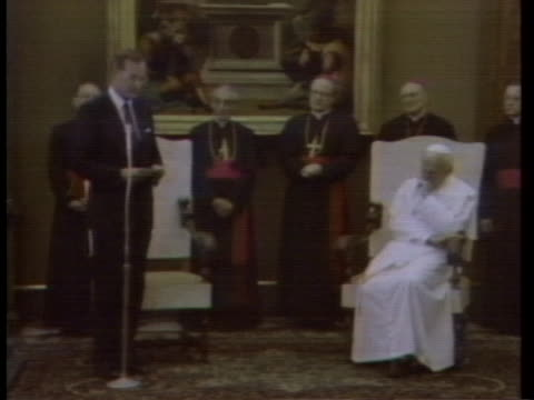 us president george h w bush addresses pope john paul ii in vatican city in rome saying that the world is making progress in reducing the threat of... - (war or terrorism or election or government or illness or news event or speech or politics or politician or conflict or military or extreme weather or business or economy) and not usa video stock e b–roll