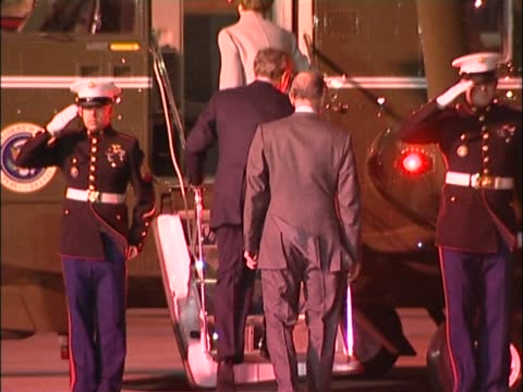 stockvideo's en b-roll-footage met us president george w bush and his wife laura board the presidential helicopter bound for buckingham palace after arriving at heathrow for start of a... - start en landingsbaan