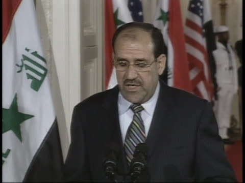 vídeos de stock, filmes e b-roll de us president george w bush iraqi prime minister nouri almaliki attend an official press conference - (war or terrorism or election or government or illness or news event or speech or politics or politician or conflict or military or extreme weather or business or economy) and not usa