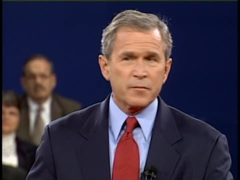 president george w bush mistakenly uses the word internets full soundbite is as follows parents are teaching their children right from wrong and the... - ngクリップ点の映像素材/bロール