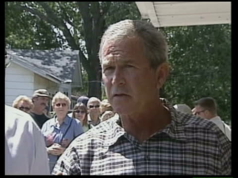 vídeos y material grabado en eventos de stock de president george wbush speaking to press sot this is all part of determining what is neccessary to help ecowas now called ecomil ecowas mission in... - liberia