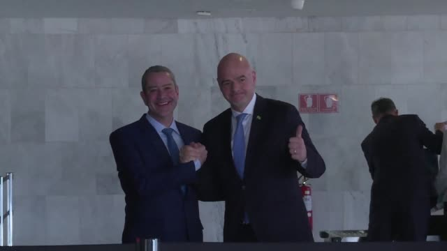 vídeos de stock, filmes e b-roll de president gianni infantino and brazilian football confederation president rogerio caboclo arrive at the planalto palace in brasilia to meet with... - gianni infantino