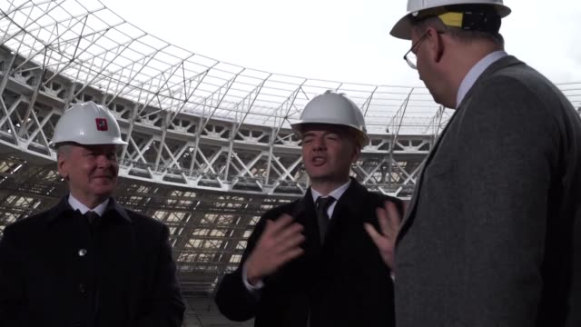 vídeos de stock, filmes e b-roll de president gianni infantino expresses his satisfaction with moscow's preparations for the 2018 world cup during his first visit to russia since being... - gianni infantino