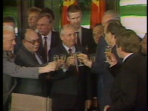 president gorbachev makes a toast with german chancellor kohl, president von weizsacker, and others. - kohls stock videos & royalty-free footage