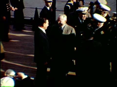 vídeos de stock e filmes b-roll de president harry truman arriving on board of naval vessel greeting with thomas e. dewey, new york city, new york state, usa, - fato completo