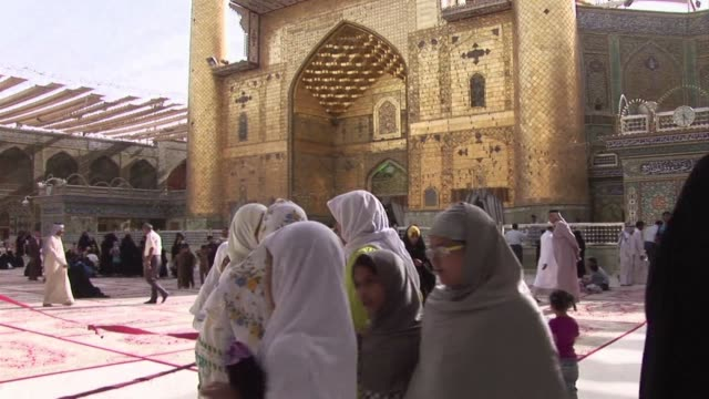 stockvideo's en b-roll-footage met president hassan rouhani said wednesday that iran would do whatever it takes to protect revered shiite muslim holy sites in iraq against sunni... - najaf