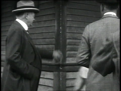 president herbert hoover and chief engineer edgar jadwin in new orleans / baton rouge louisiana united states - 1927 bildbanksvideor och videomaterial från bakom kulisserna