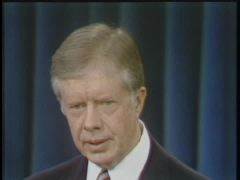 vídeos y material grabado en eventos de stock de president jimmy carter discusses the iranian hostage crisis, saying it was precipitated by the soviet invasion of afghanistan. - (war or terrorism or election or government or illness or news event or speech or politics or politician or conflict or military or extreme weather or business or economy) and not usa