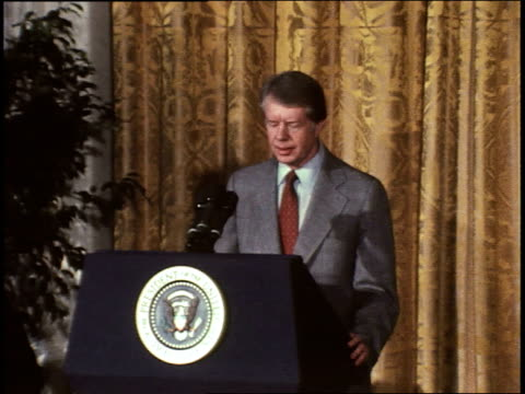 president jimmy carter gives speech to commemorate the 30th anniversary of the universal declaration of human rights / speaks in support of the... - jimmy carter präsident stock-videos und b-roll-filmmaterial