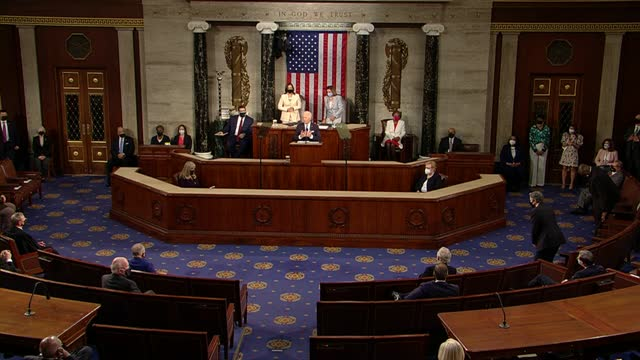president joe biden tells joint session of congress that the american jobs plan would create thousands of good paying jobs connecting every american... - 副代表点の映像素材/bロール