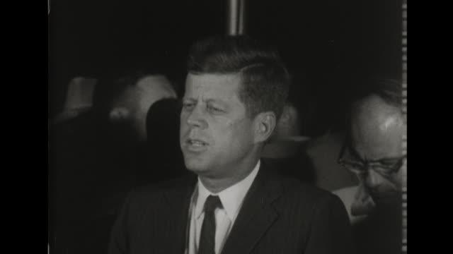 president john f kennedy announces lyndon johnson as running mate - john f. kennedy bildbanksvideor och videomaterial från bakom kulisserna