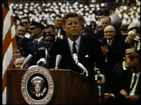 president john f kennedy speaking at rice university / houston texas united states - john f. kennedy politik stock-videos und b-roll-filmmaterial