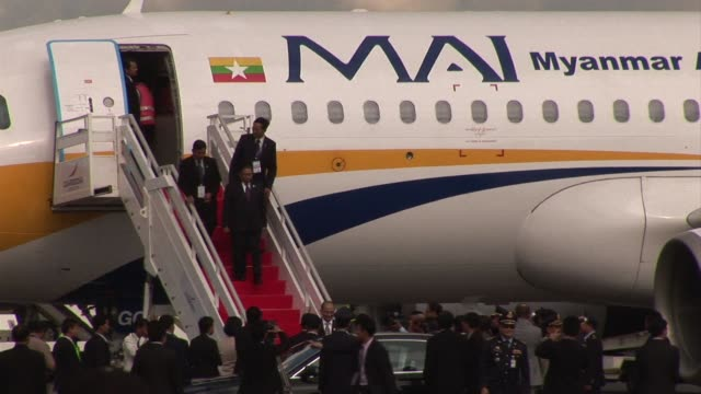 president of burman thein sein and australian prime minister julia gillard arrived at phnom penh airport on monday to attend a regional meeting... - association of southeast asian nations stock videos & royalty-free footage