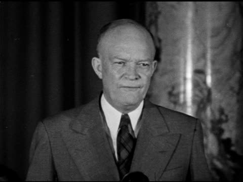 speech president of columbia university general dwight d eisenhower talking about a 'spirit' that existed long before the signing of the declaration... - 1948 stock-videos und b-roll-filmmaterial