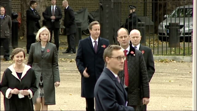 stockvideo's en b-roll-footage met president of indonesia arrives at horseguards parade england london horseguards parade pool aspect ratio 169 rushes log gvs 1st battalion irish... - william hague