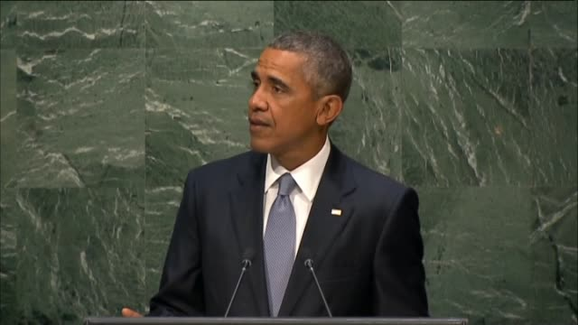 president of usa barack obama speaks at the 70th session of the united nations general assembly at un headquarters on september 28 2015 - 2015点の映像素材/bロール