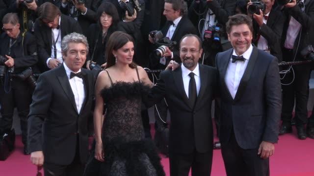 President Pierre Lescure Producer Alexandre MalletGuy Eduard Fernandez Javier Bardem director Asghar Farhadi and actress Penelope Cruz Ricardo Darin...