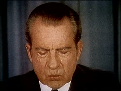 president richard nixon speaking about releasing the watergate tapes nixon releases watergate tapes part 4 of 10 on april 29 1974 in washington dc - 1974年点の映像素材/bロール