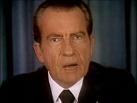 president richard nixon speaking about releasing the watergate tapes nixon releases watergate tapes part 7 of 10 on april 29 1974 in washington dc - 1974年点の映像素材/bロール