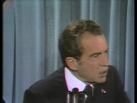 president richard nixon speaks about the arab-israeli conflict in the middle east, saying that both sides are at fault and the us is pro-peace. - 1973 stock-videos und b-roll-filmmaterial