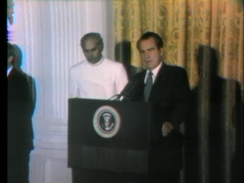 president richard nixon welcomes pakistani prime minister zulfikar ali bhutto to the white house in order to discuss a prisoner exchange - united states and (politics or government) stock videos & royalty-free footage