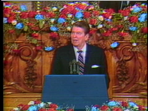 vídeos y material grabado en eventos de stock de president ronald reagan says negotiations in geneva can lessen the chance of war. - (war or terrorism or election or government or illness or news event or speech or politics or politician or conflict or military or extreme weather or business or economy) and not usa