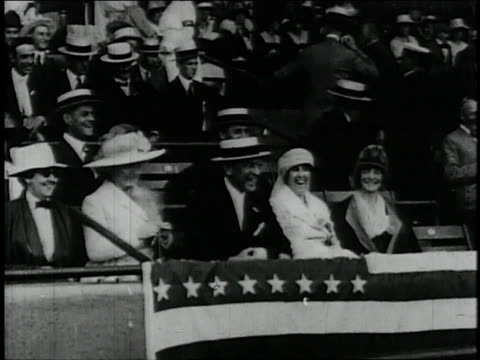 president wilson throws the first ball at season opener / united states - 1913 stock-videos und b-roll-filmmaterial