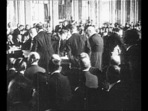 us president woodrow wilson and wife edith decar in paris france french military officers salute / 1919 paris peace conference in versailles france /... - 1910 1919 stock videos and b-roll footage