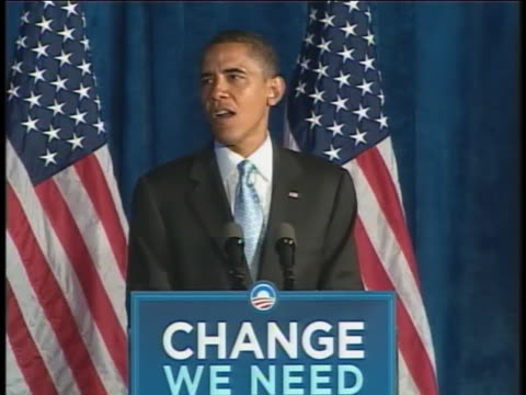 presidential candidate barack obama campaigns in riverside, ohio. - reform stock-videos und b-roll-filmmaterial