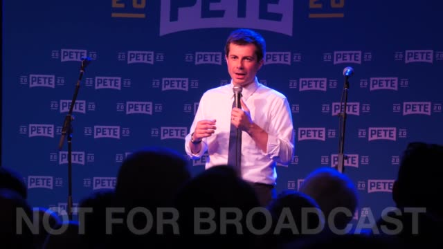 us presidential candidate mayor and lgbt advocate pete buttigieg talks about how two men as first couple would be on the front page of time magazine... - bürgermeister stock-videos und b-roll-filmmaterial