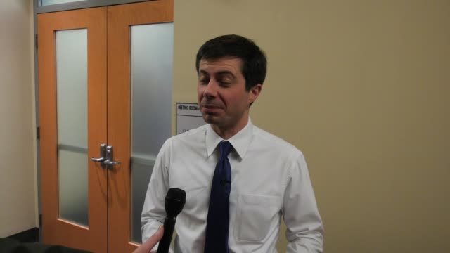 presidential candidate pete buttigieg talks about possibly lowering the drinking age to 18 during a campaign event in iowa, one year ahead of the... - lowering stock videos & royalty-free footage