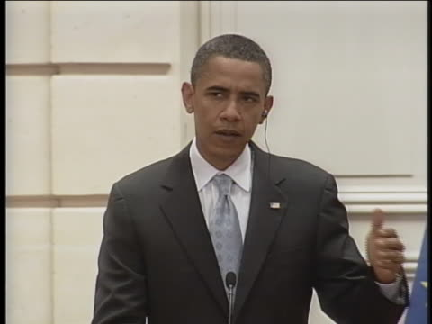 presidential candidates barack obama speaks about sending troops to iraq. - (war or terrorism or election or government or illness or news event or speech or politics or politician or conflict or military or extreme weather or business or economy) and not usa stock videos & royalty-free footage