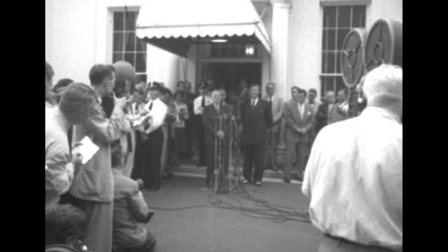 1952 presidential election / democratic presidential candidate illinois governor adlai stevenson and president harry truman and alabama senator john... - adlai stevenson ii stock videos and b-roll footage