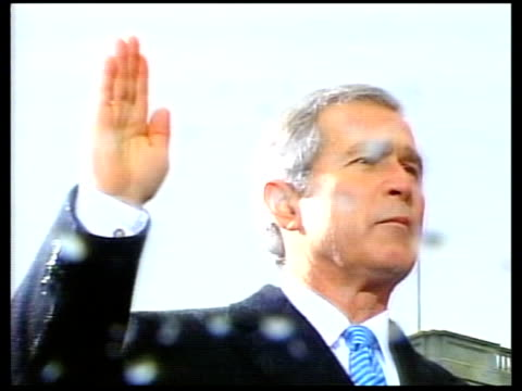 vídeos de stock, filmes e b-roll de dirty tricks lewinsky interview lib mat held bureau president george bush senior president bill clinton and president george w bush being sworn in... - tomada de posse