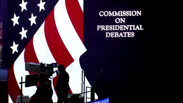 presidential election: hillary clinton and donald trump prepare for first presidential debate; new york: hofstra university: int various shots of... - debatte stock-videos und b-roll-filmmaterial