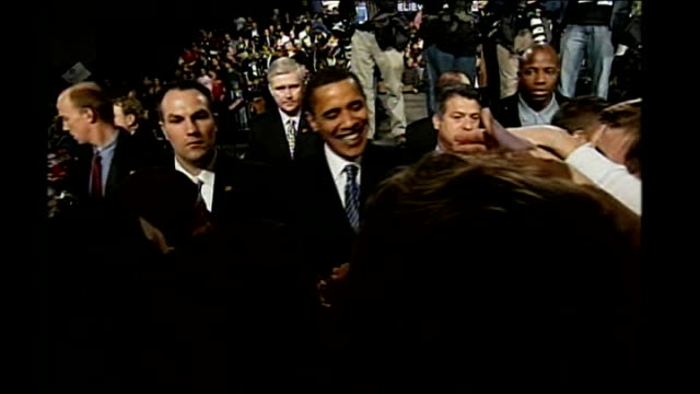 stockvideo's en b-roll-footage met obama/huckabee win in iowa barack obama meeting supporters at rally - 2008