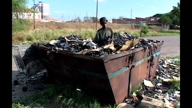 Polling ends Man scavenging in skip