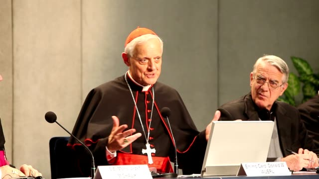 press conference for the closing of the synod of bishops on october 27, 2012 in vatican city, vatican - synod stock videos & royalty-free footage