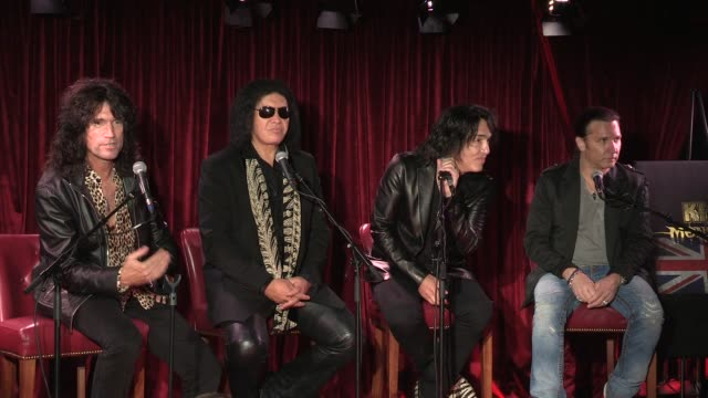 stockvideo's en b-roll-footage met press conference on rejected images kiss press conference on rejected images at dover st arts club on july 03 2012 in london england - gene simmons