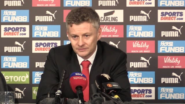 press conference with manchester united interim manager ole gunnar solskjaer following the 20 win over newcastle he says the clean sheet is as... - charging sports stock videos & royalty-free footage