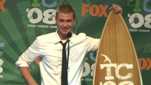 chad michael murray at the 2008 teen choice awards press room at los angeles ca. - ティーン・チョイス・アワード点の映像素材/bロール