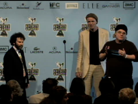 philip seymour hoffman and tom noonan at the film independent's 2009 spirit awards press room at los angeles ca. - independent feature project video stock e b–roll