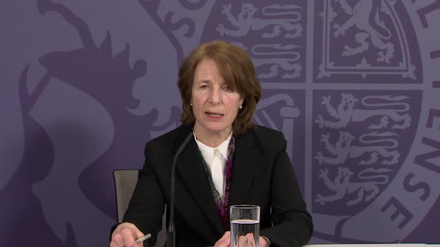 presser dr june raine, mhra, about the rare side effect of blood clots with the oxford astrazeneca covid-19 vaccine - image effect stock videos & royalty-free footage