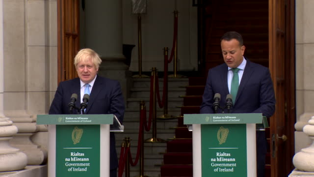presser irish taioseach leo varadkar and uk pm boris johnson in dublin varadkar says about brexit we are open to alternatives but they must be... - leo varadkar stock videos and b-roll footage