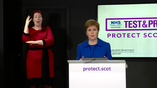 """presser nicola sturgeon first minister of scotland is concerned the backlog of coronavirus tests in laboratories is impacting on the reporting of... - """"bbc news"""" stock videos & royalty-free footage"""