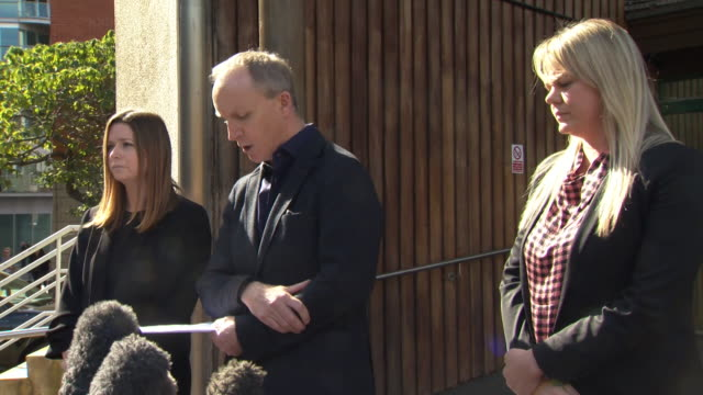 presser simon wilkinson byron burger speaking outside southwark coroners court about the death of owen carey the industry needs to do more to support... - ingredient stock videos & royalty-free footage