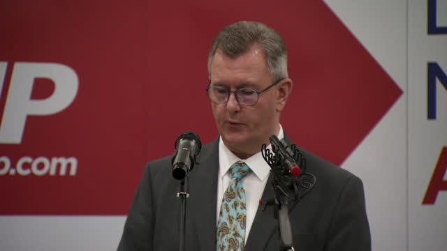 """presser sir jeffrey donaldson, dup leader, suggests dup could leave power sharing devolved government in northern ireland unless their concerns over... - """"bbc news"""" stock videos & royalty-free footage"""